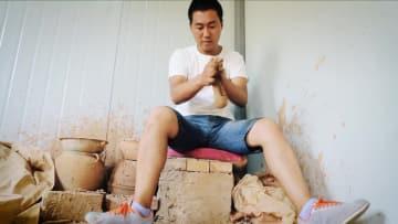 千年の技を継承する「90年代生まれ」の陶芸の達人 甘粛省