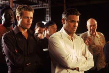 ジョージ・クルーニーやブラッド・ピットなど、出演者は超豪華! - (c) Warner Bros. Entertainment Inc.