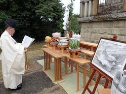 加古の戦死者らを悼む慰霊祭=日岡神社