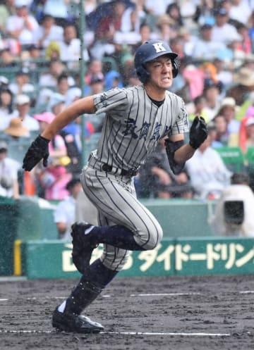 プロ野球広島の兄、西川龍馬を目標に挑んだ敦賀気比の西川剣之介=8月10日、甲子園