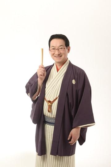 記念講演を行う春風亭昇太さん