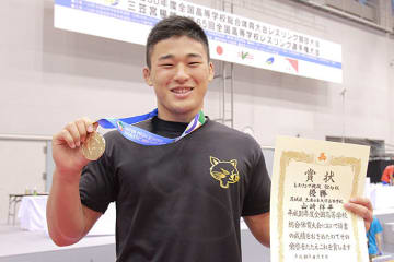 土浦日大から22年ぶりの栄冠を勝ち取った山崎祥平