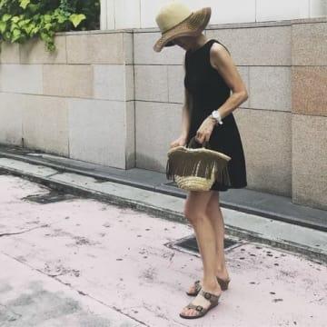 40代ファッションの「ハズし」に!発見♡楽とオシャレが両立するサンダル「NIKE」&「BIRKENSTOCK」
