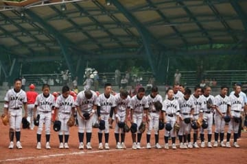 インドネシア相手に勝利を収めた侍ジャパンU-12の選手たち【写真:Getty Images】