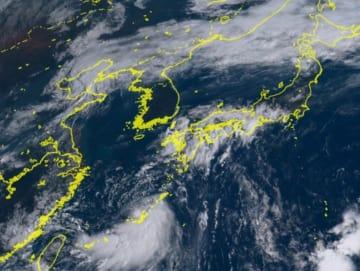 ひまわり8号リアルタイムwebがとらえた15日午前9時10分現在の台風15号