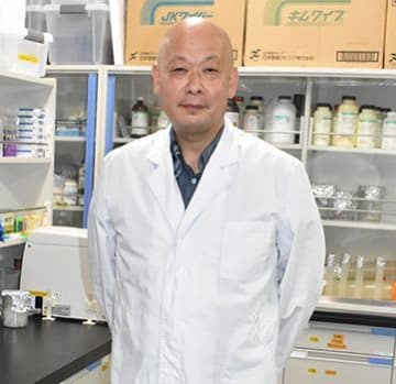 新薬開発、カイコで時短 沖縄高専・伊東教授 再生医療へ新技術も