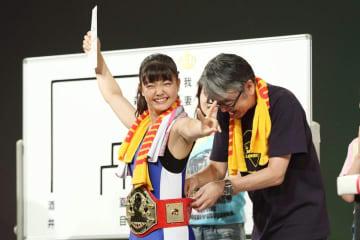 腕相撲に懸けるアイドルたちは美しく、アツかった! TIF2018アームレスリング大会 決勝レポート