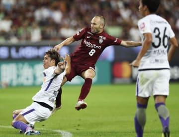 Soccer: Iniesta of Vissel Kobe scores again