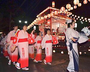 夏の夜の浴衣...会津磐梯山で踊りの輪 東山盆踊り・民友の夕べ