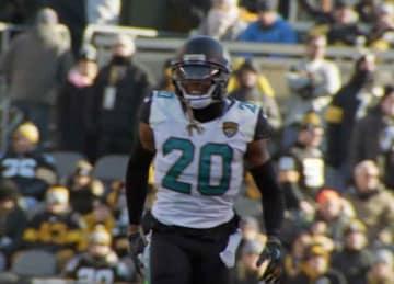Jaguars' Jalen Ramsey criticizes NFL quarterbacks