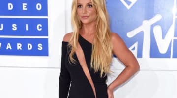 Britney Spears Suffers Wardrobe: Britney Spears at the 2016 VMAs
