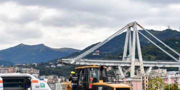 ジェノヴァの橋崩落事故…「ライバルクラブが肩を組む」イラストが話題に