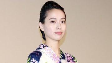 映画「劇場版コード・ブルー -ドクターヘリ緊急救命」の大ヒット御礼舞台あいさつに出席した戸田恵梨香さん