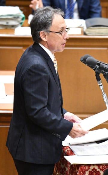 自由党 玉城デニー 幹事長 沖縄 選挙 翁長 翁長知事 県知事選 立候補