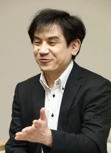 桂畑誠治氏