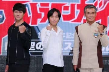 トークイベント「『ウルトラマンガイア』放送20年記念 超時空のフェスティバル」に登場した(左から)高野八誠さん、吉岡毅志さん、渡辺裕之さん