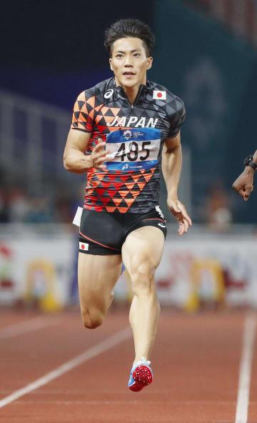 男子100メートル予選 力走する山県亮太=ジャカルタ(共同)