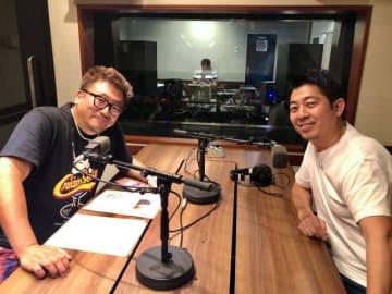 福田雄一さん(左)、高須光聖