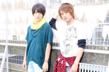 「仮面ライダービルド」に出演した犬飼貴丈さん(左)と赤楚衛二さん