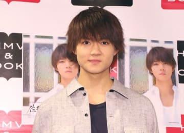 写真集「1st PHOTOBOOK 佐野勇斗」の発売記念イベントに登場した佐野勇斗さん