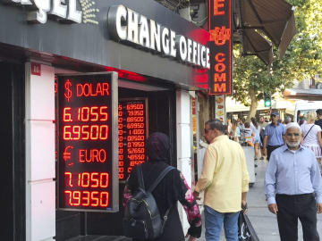 Turkey's lira plunges