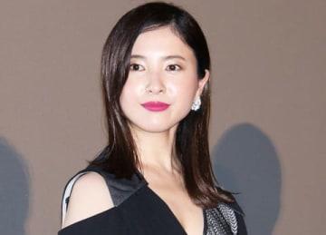 映画「検察側の罪人」の初日舞台あいさつに登場した吉高由里子さん
