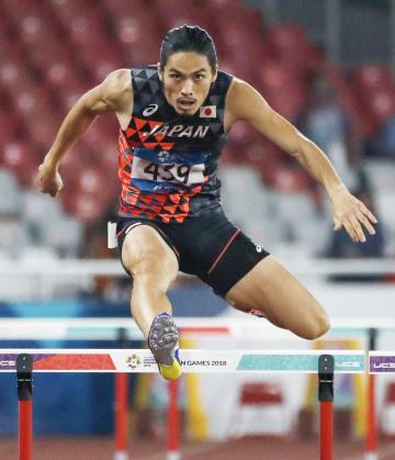 男子400メートル障害決勝 力走する3位に入った安部孝駿=ジャカルタ(共同)