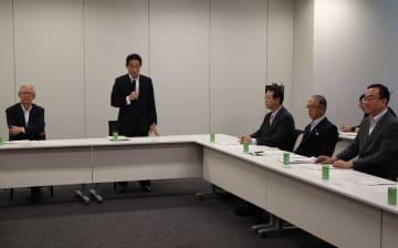 長崎ルートの現状などについて報告があった与党の整備新幹線建設推進PTの会合=衆院第2議員会館