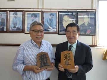 参加を呼びかける高木社長と吉田会長(左から)