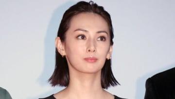 映画「響 -HIBIKI-」の完成披露舞台あいさつに登場した北川景子さん