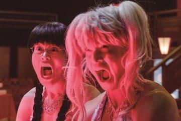 映画「銀魂2 掟は破るためにこそある」の一場面 (C)空知英秋/集英社 (C)2018 映画「銀魂2」製作委員会