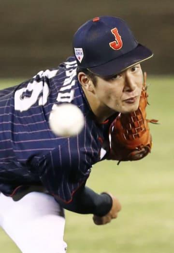 宮崎県高校選抜との壮行試合の9回に登板し、1イニング無失点の高校日本代表・吉田=サンマリン宮崎