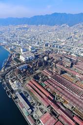 2基目の石炭火力発電所の建設が予定されている神戸製鋼所神戸製鉄所=2016年11月13日
