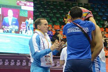 米国のクラブチームのコーチに就任したセルゲイ・ベログラゾフ氏(ロシア)