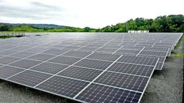 稼働を始めた「けいはんな第二太陽光発電所」(京都府精華町)
