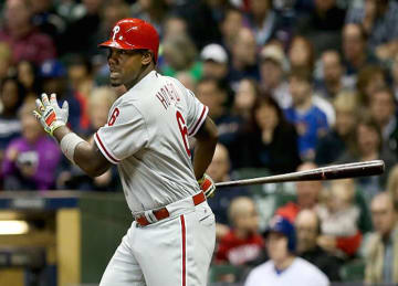 Phillies' Ryan Howard 'Infuriated' at Fan Who Threw Beer Bottle At Him
