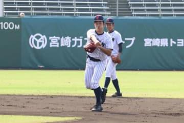 6日、練習に参加した侍ジャパンU-18代表・小園【写真:福谷佑介】