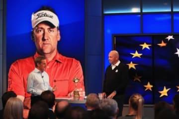 会見でキャプテン推薦選手の発表を行ったトーマス・ビヨーン(右)(撮影:GettyImages)