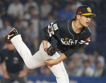 Kotaro Otake  of the SoftBank Hawks