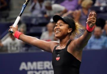 全米オープンテニスの女子シングルス準決勝で、マディソン・キーズを破り決勝進出を決め喜ぶ大坂なおみ=6日、ニューヨーク(USA TODAY・ロイター=共同)