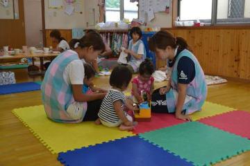 0歳児から受け入れている小山市内の保育園。おむつ処分はそれぞれ園によって対応が分かれている