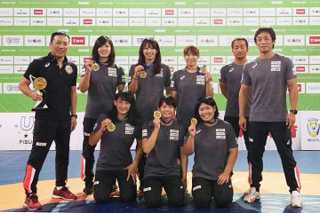 金メダル3個を含め、出場全階級でメダル獲得の女子チーム