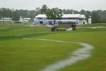 最終日は悪天候に見舞われ、雨天順延となった Photo by Hunter Martin/Getty Images