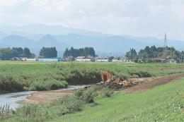 浸水対策事業が進む吉田川=大和町落合