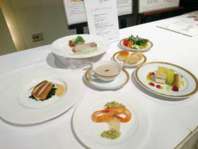 ホテルオークラ札幌で30日まで提供している「いぶりフェアランチ」