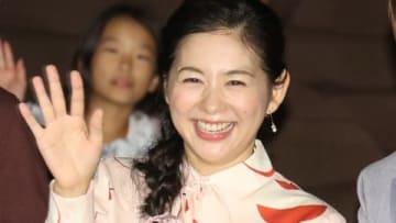 「映画 おかあさんといっしょ はじめての大冒険」の公開記念舞台あいさつに登場した関根麻里さん