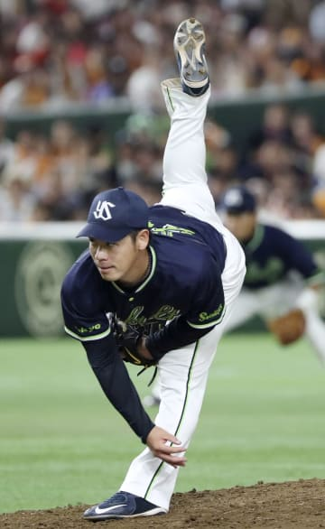Yasuhiro Ogawa of the Yakult Swallows