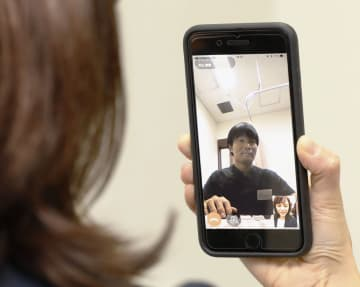 FEATURE: Telemedicine via smartphone apps spreading in Japan+