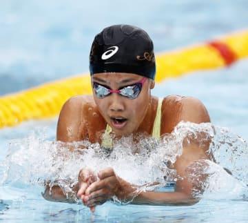 少年女子A200メートル平泳ぎ決勝 2分23秒50で優勝した愛知・今井月=敦賀市総合運動公園プール