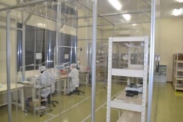 歯科用の薬剤投与装置を製造する専用スペース。量産を弾みに医療機器事業の成長を目指す